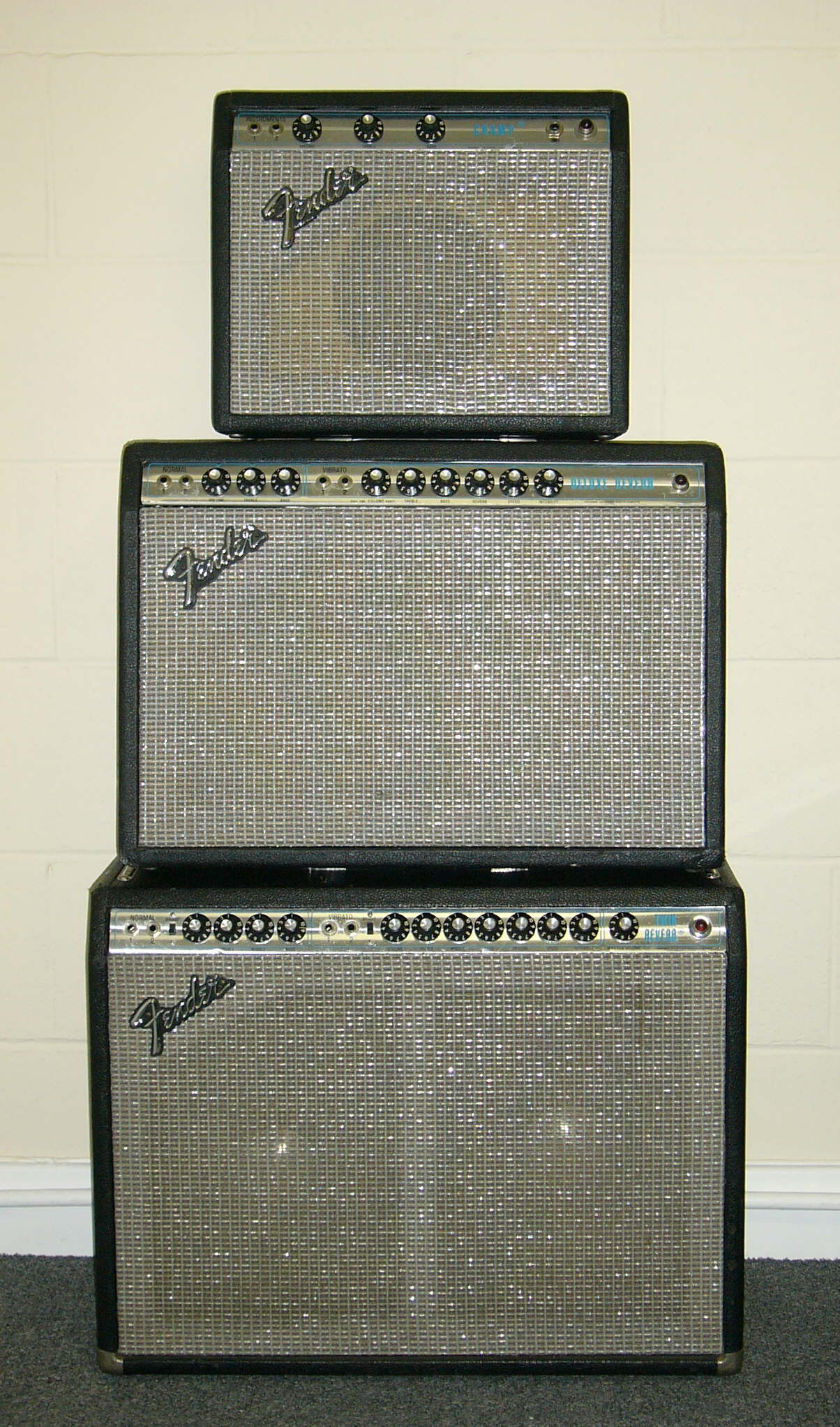 Fender guitar amp service and repair