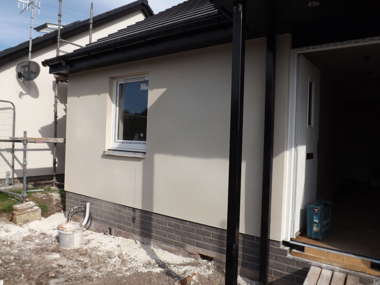 External Wall Insulation & Machine Plastering