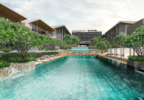 Accessible Marriott Renaissance Pattaya Pool