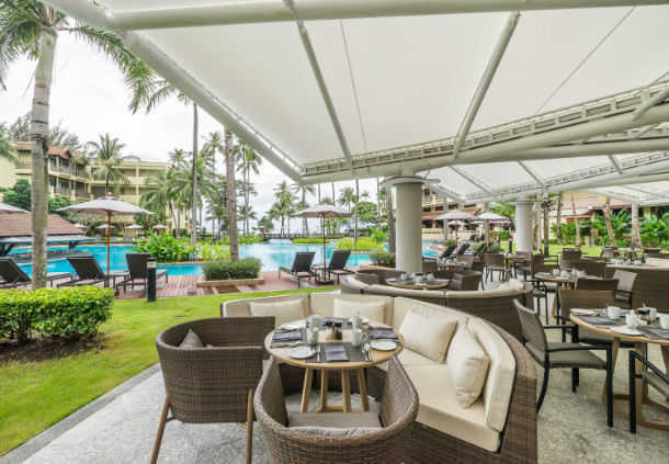 Accessible Marriott Hotel Phuket Pool Dining