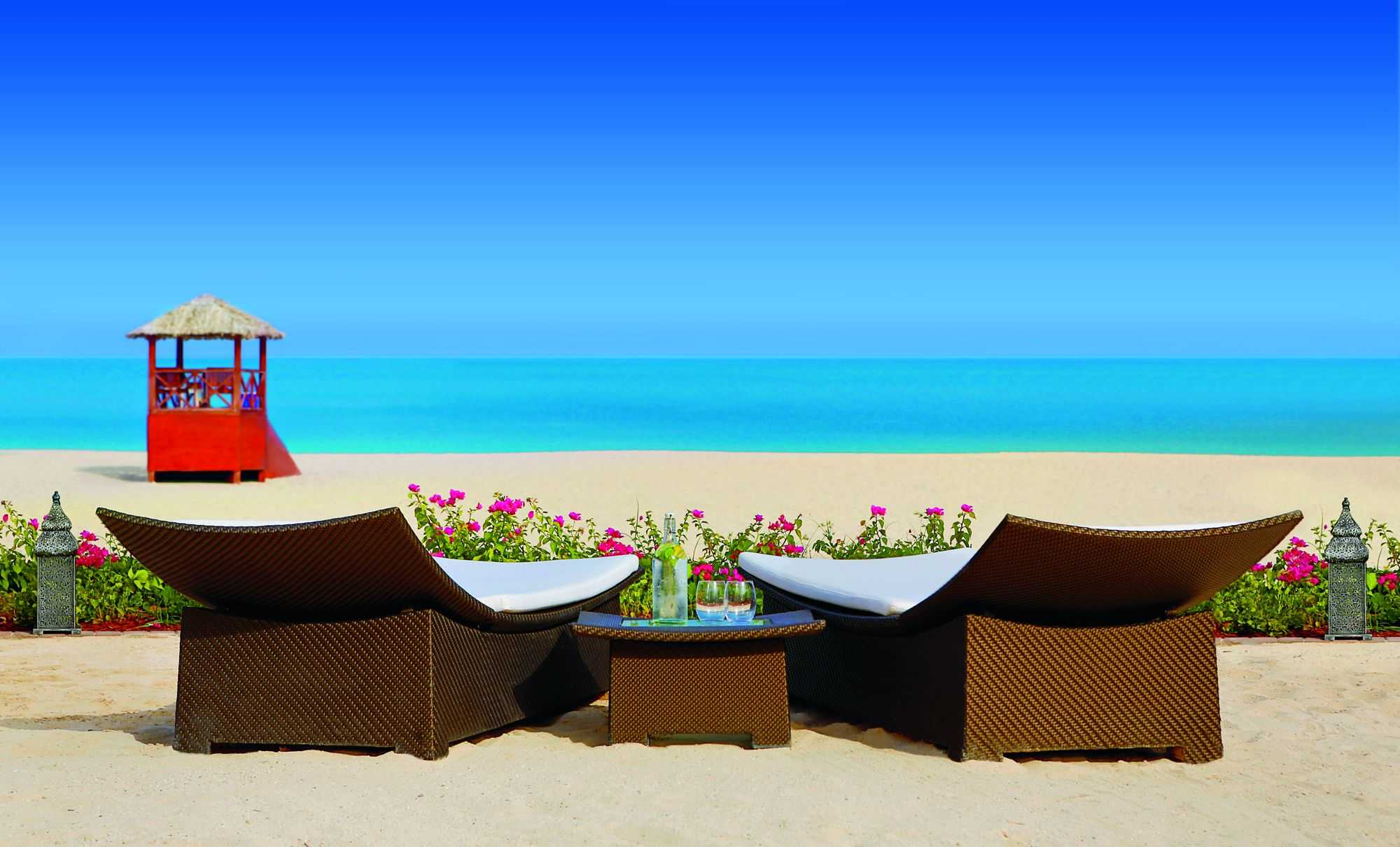 Accessible Marriott Ritz-Carlton Dubai Beach