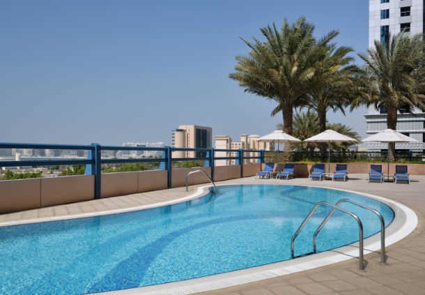 Accessible Marriott Suites Dubai Harbour Pool