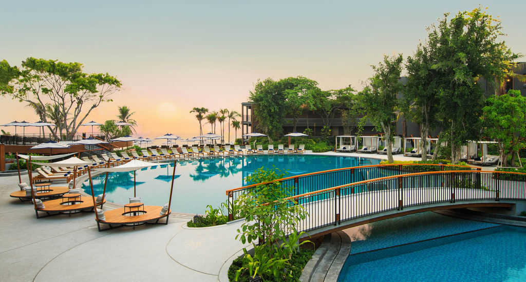 Accessible marriott Hotel Hua Hin Pool