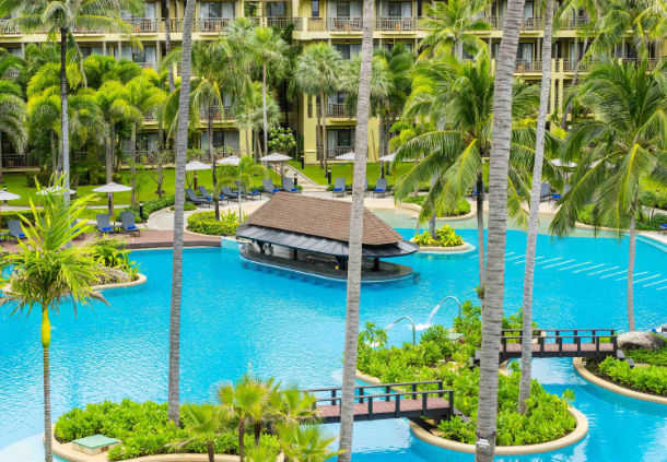 Accessible Marriott Hotel Phuket Pool Bar