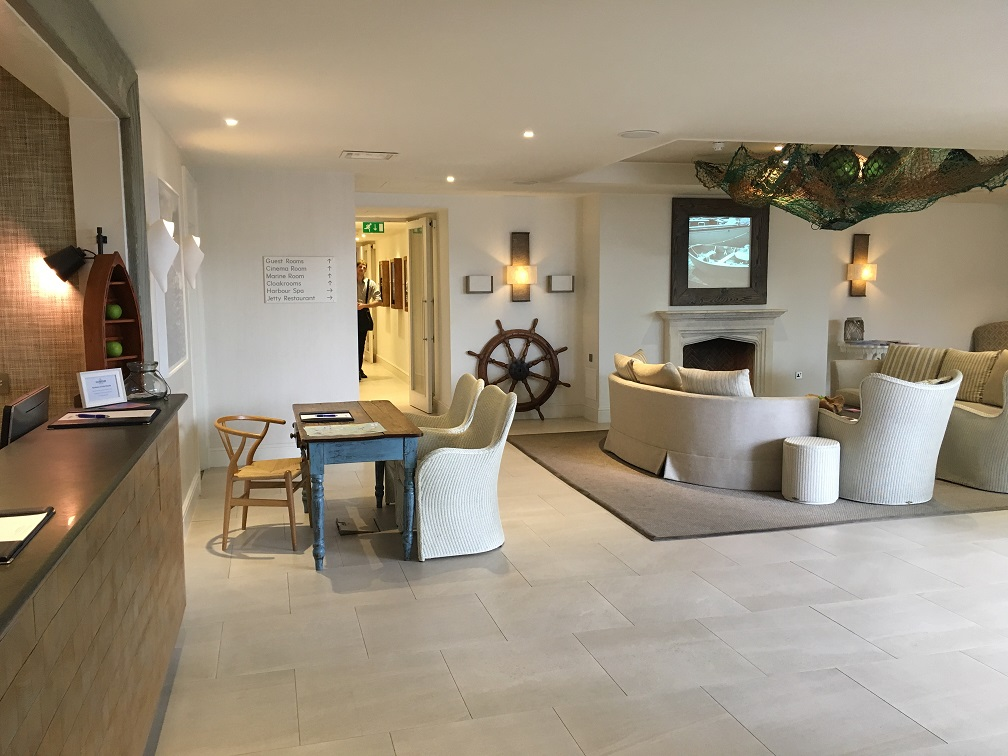 salcombe harbour accessible Lobby