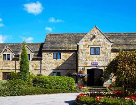 Accessible Hotel Tankersley Manor Front