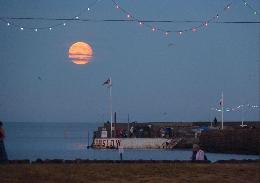 Paignton Moon Rise