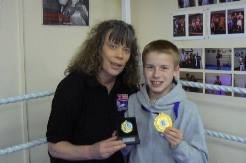 boys boxing clubs Dumfries