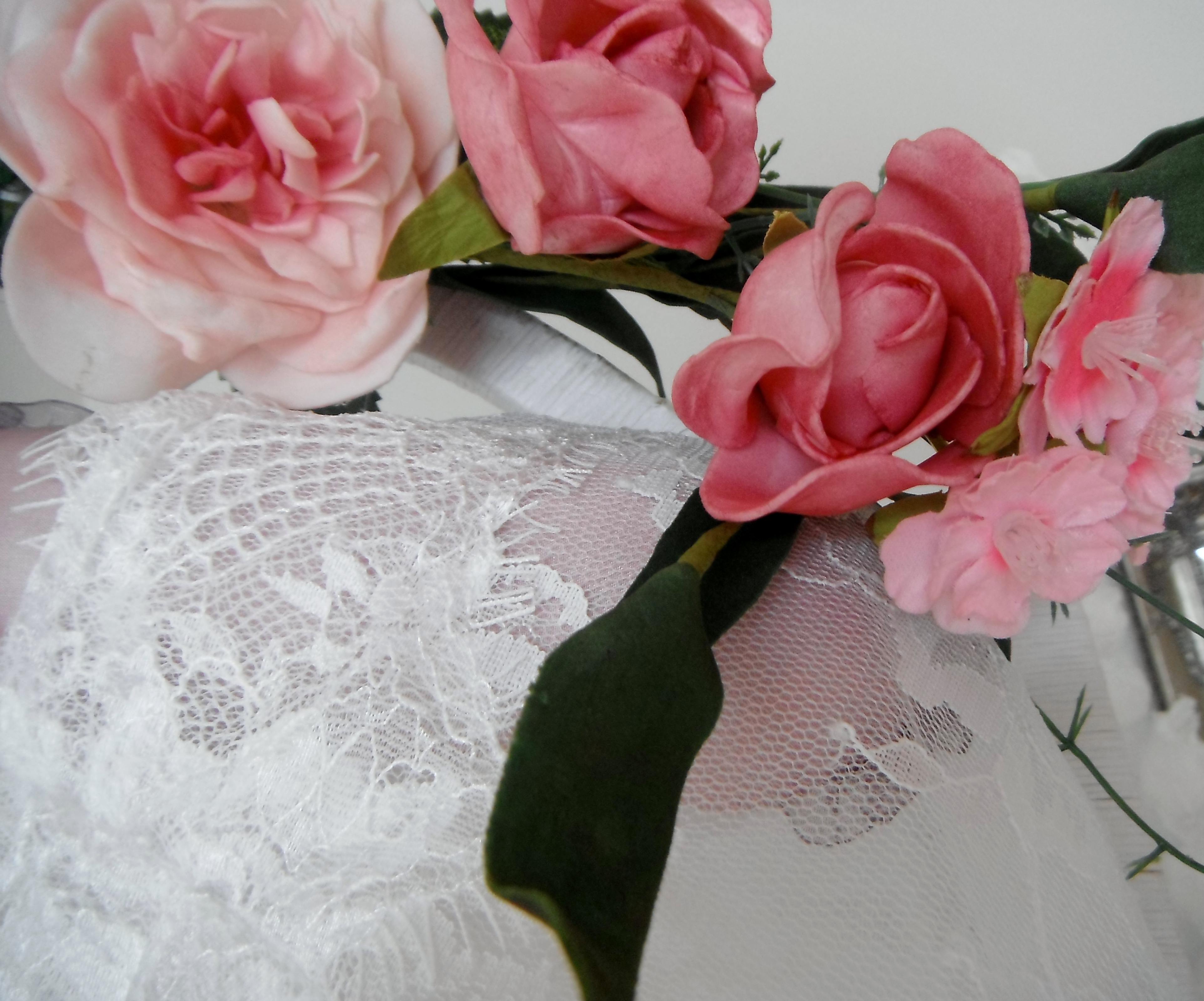 We Sell Wedding Dresses Made Of Lace Chiffon And Silk Are Situated In
