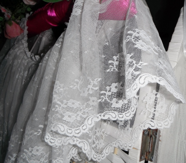we sell vintage bridal