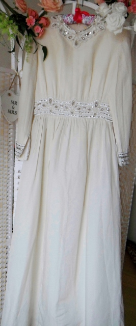 Genevieve is a beautiful silk wedding gown. This is an original vintage wedding dr