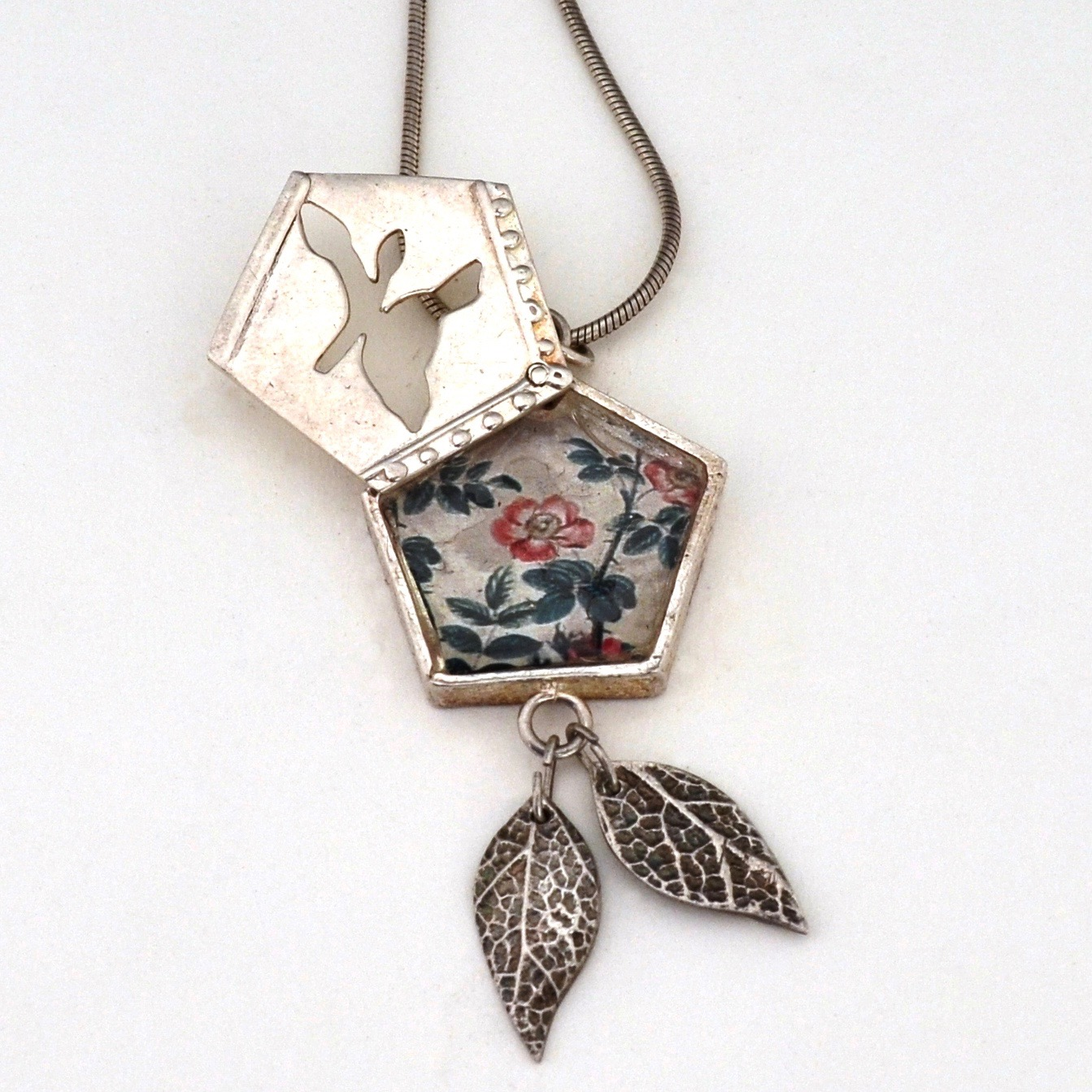 Swing Locket by Tracey Spurgin of Craftworx Jewellery Workshops