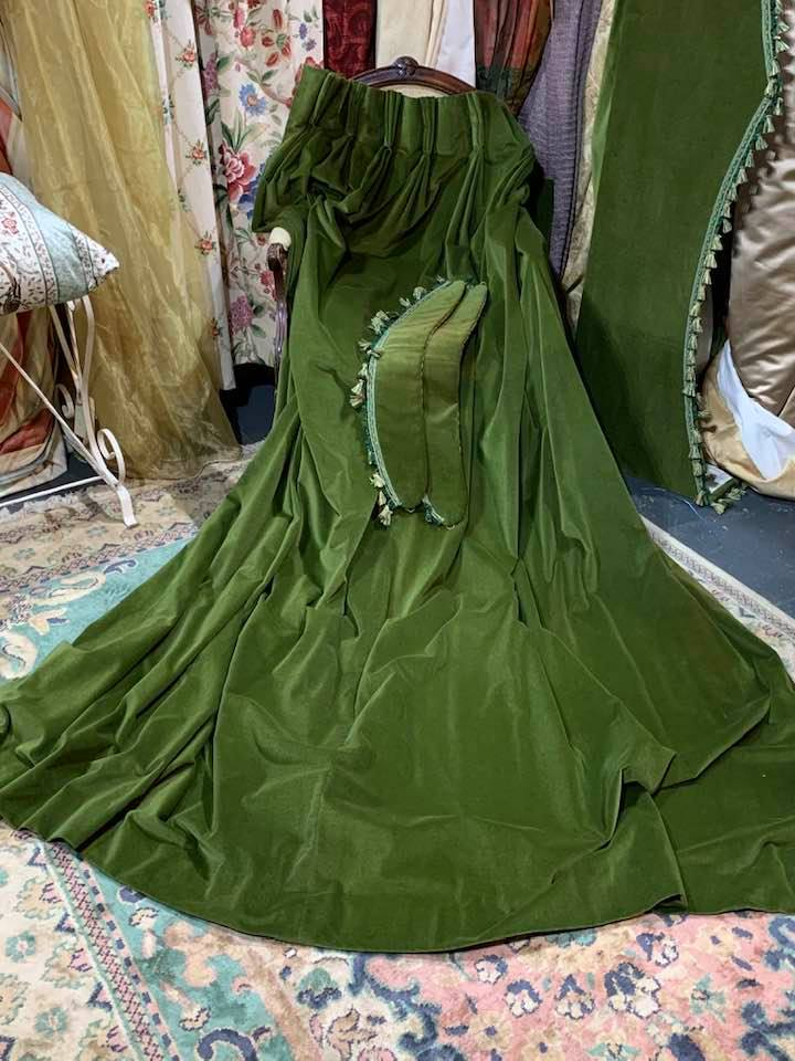 Great Value Green Velvet Pinch Pleat Curtains W234 D244