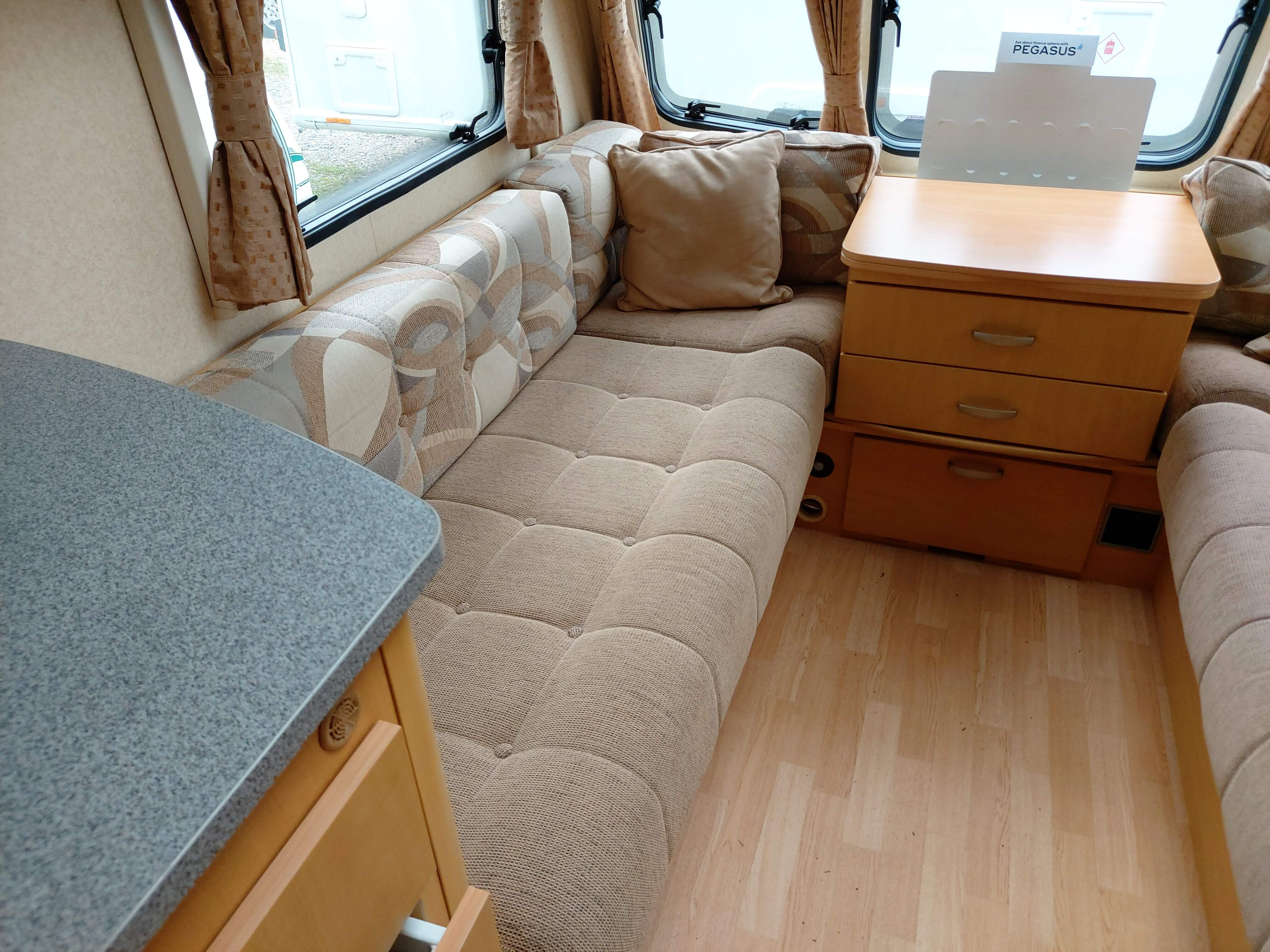 NOW SOLD  Bailey Ranger GT60 510 4 Berth Side Dinette End Washroom Caravan with Motor Mover