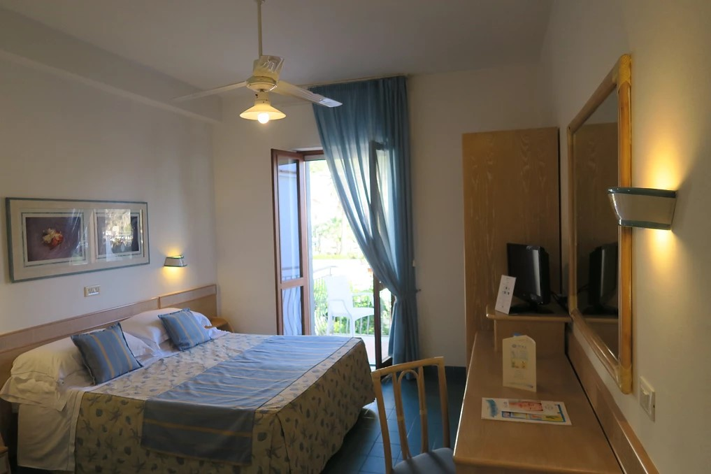 Double room with small balcony overlooking the courtyard.