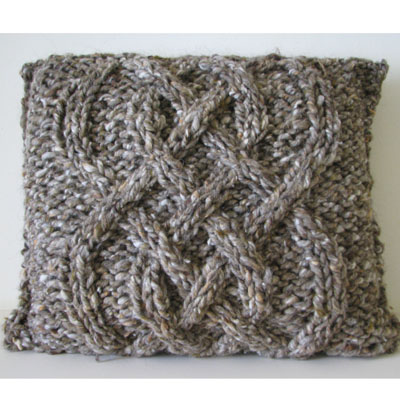 Knitting pattern - chunky cable cushion