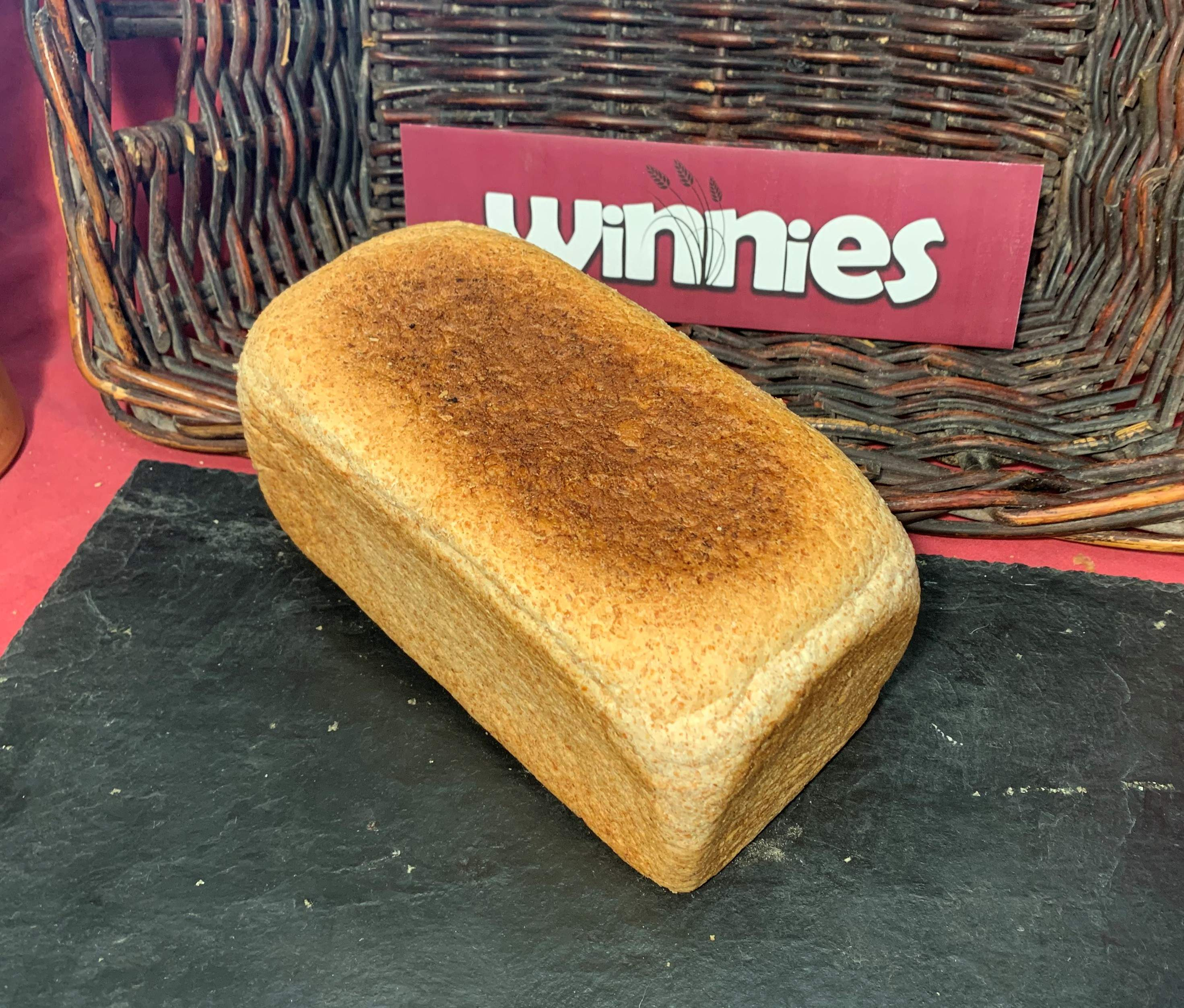 LARGE WHOLEMEAL SANDWICH