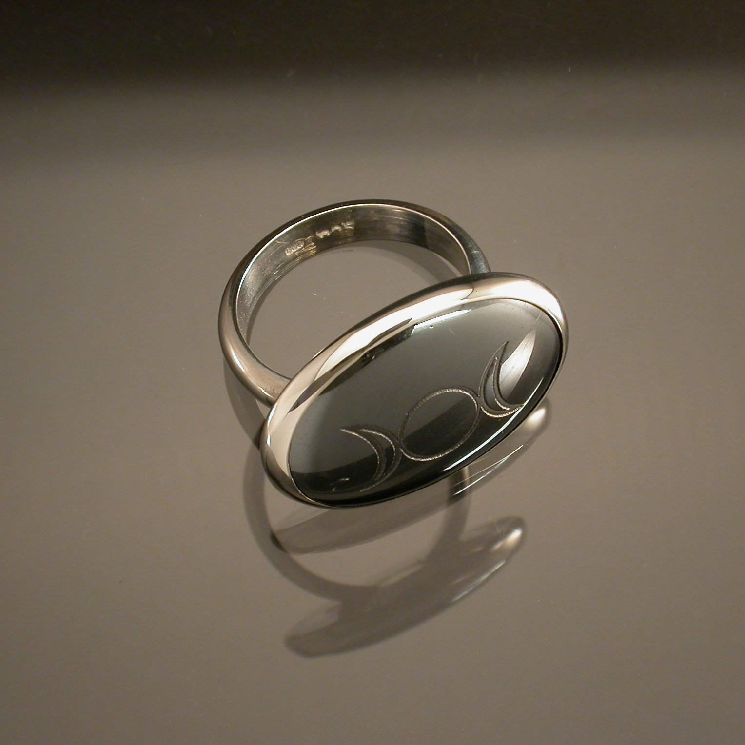 "Haematite Ring ""Triple Moons"""