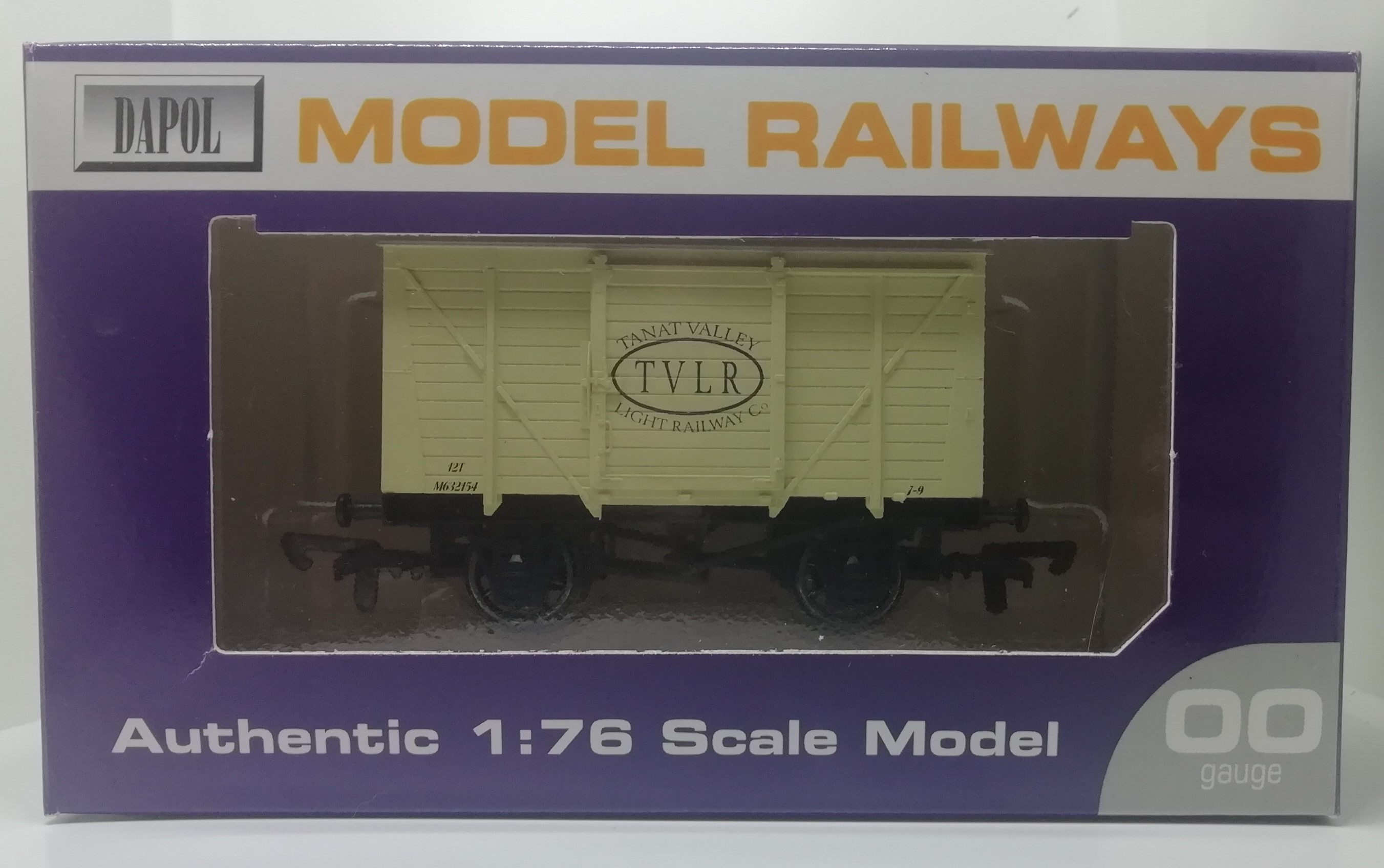 20ft Box Van with TVLR Logo - 1:76 Scale Model / 00 Gauge
