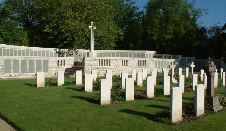 1-Southampton-WW1-Monument CWGCjpg
