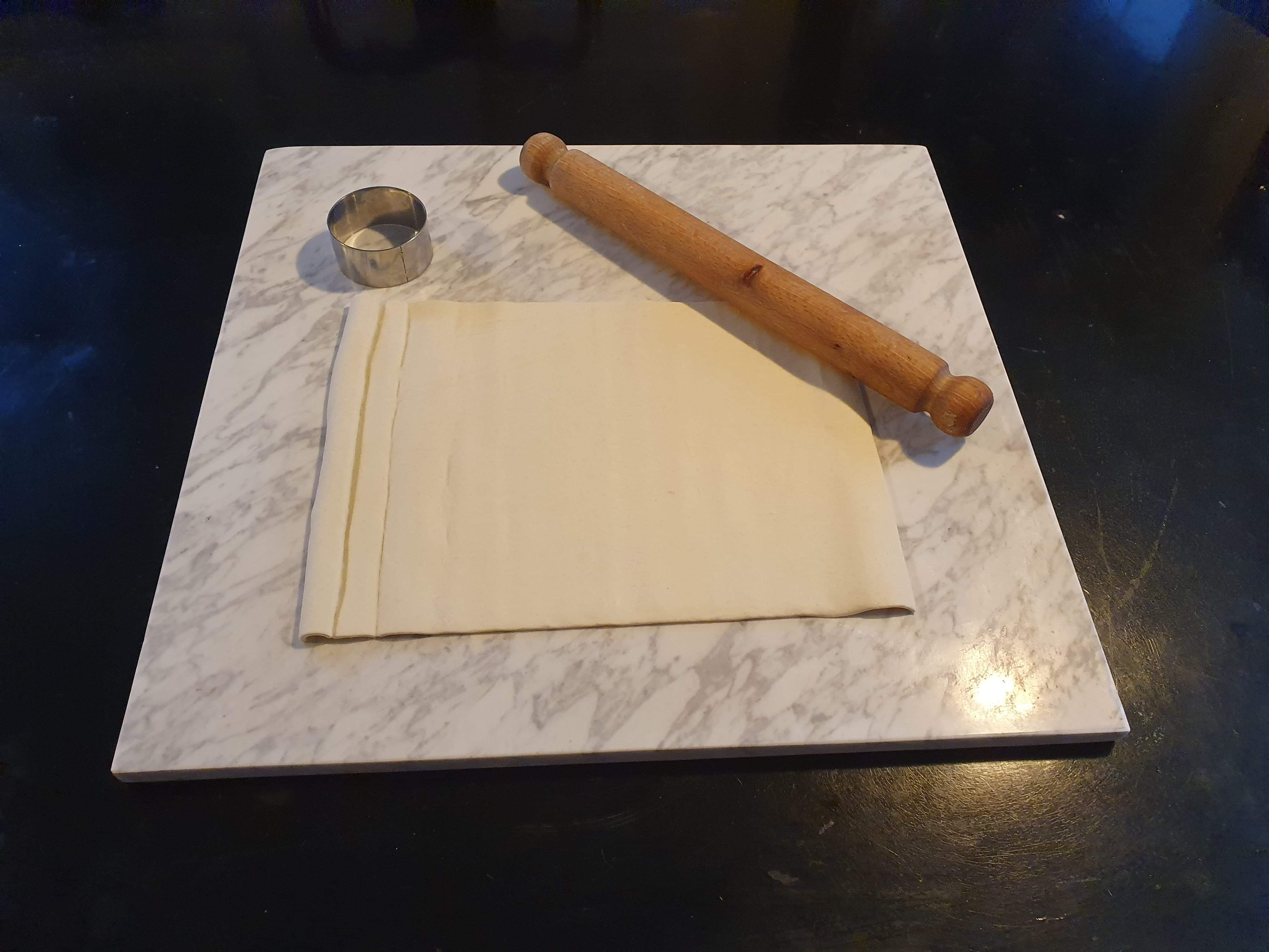 Make making pastry so much easy with this marble pastry board