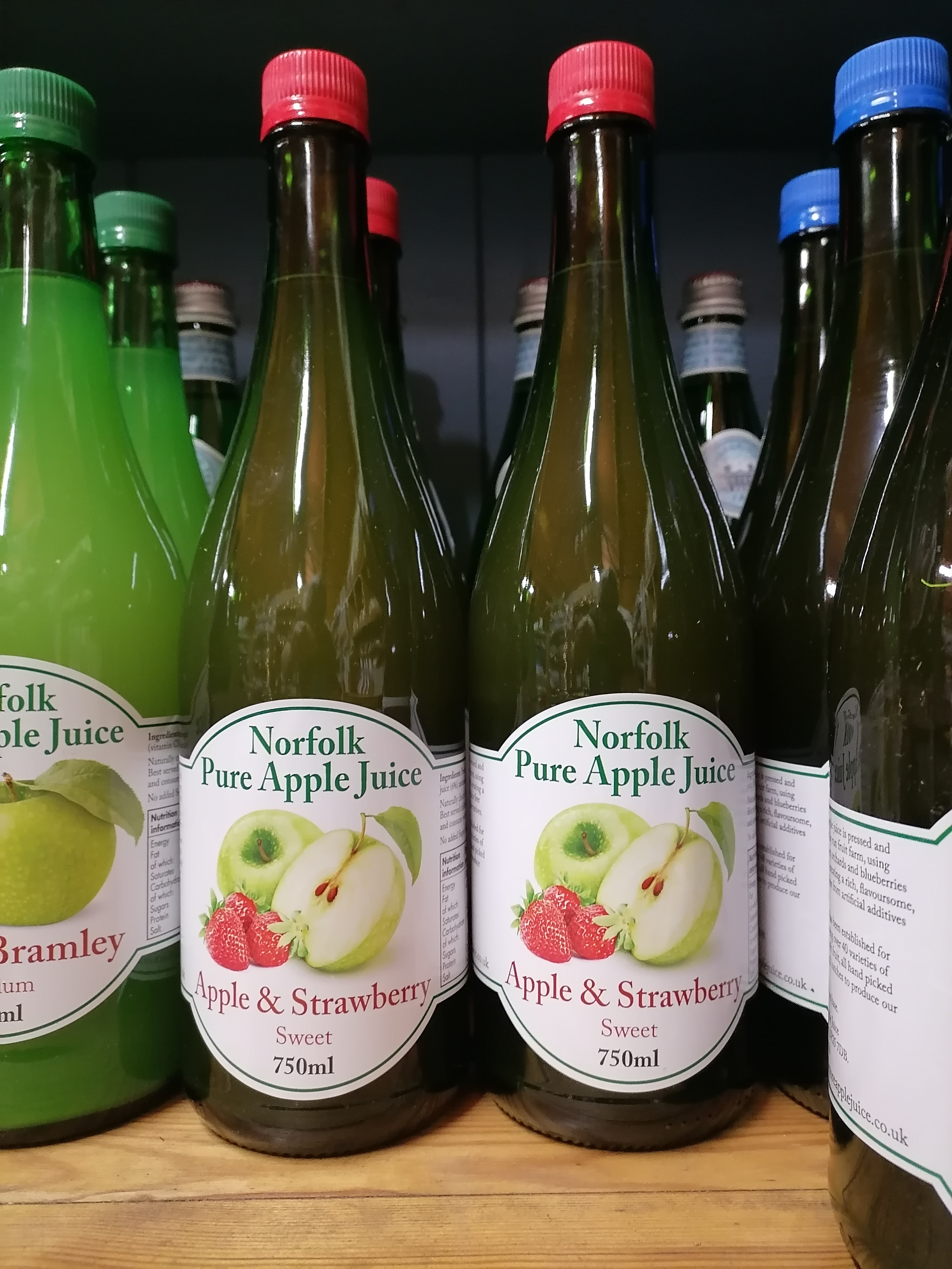 Norfolk Pure Apple Juice - APPLE AND STRAWBERRY