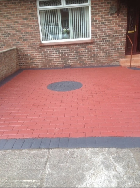 A protective coating has now been applied to the block paving, lifting the colour and enhancing the grout