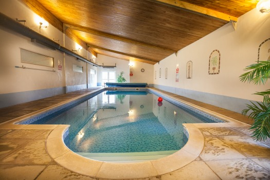 Swift Cottage - Indoor Heated Pool