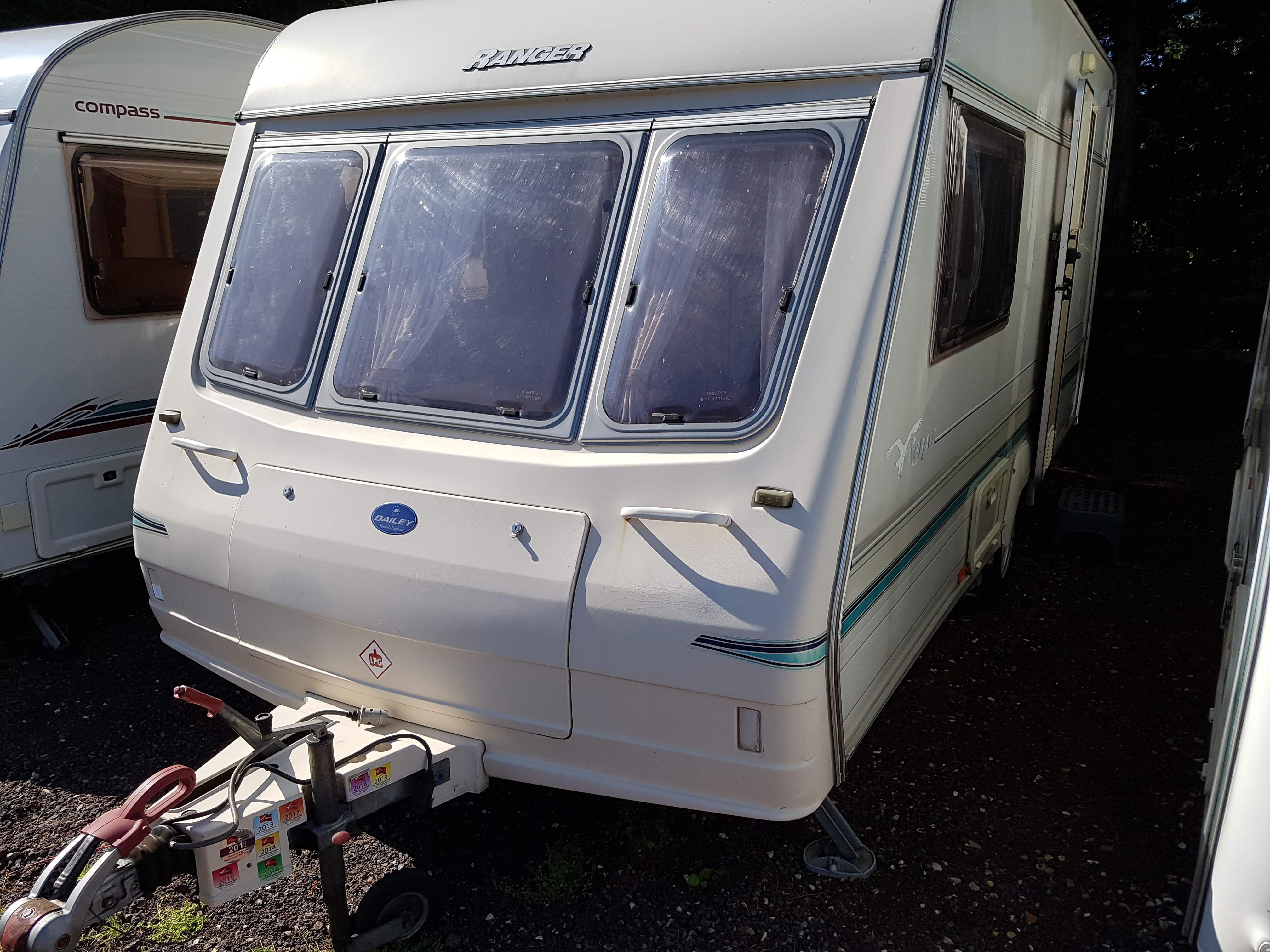 1997 Bailey Ranger 450-2 2 Berth End Washroom Caravan with