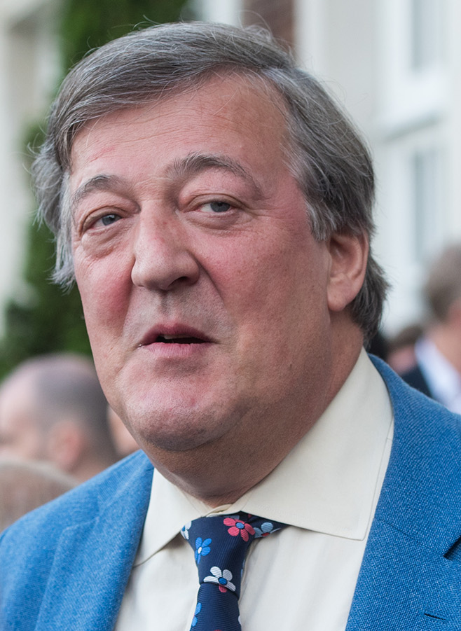 Stephen Fry explains Brexit's 'forced perspective'