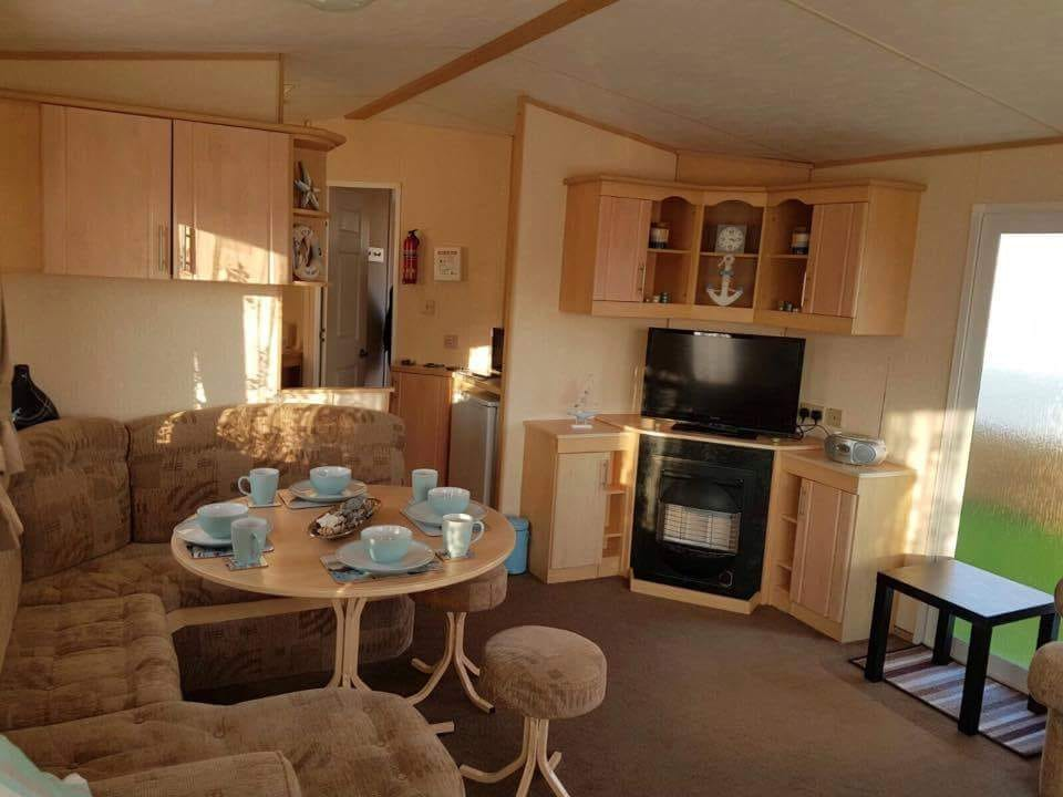 Unity Holiday Park, Brean Sands, Somerset *187*