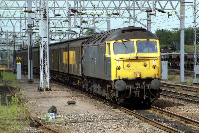 47376 passes through Nuneaton - 14/08/92  (Shaun Brittain)