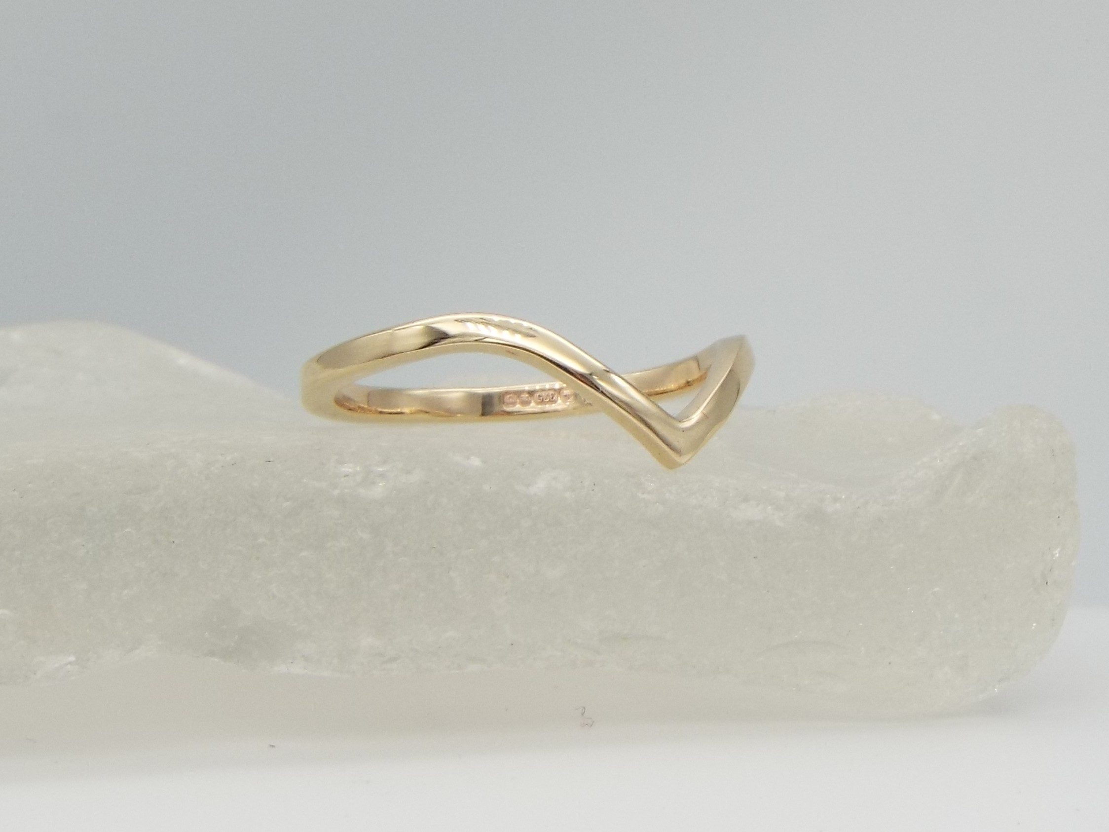 9ct Gold Chevron Ring