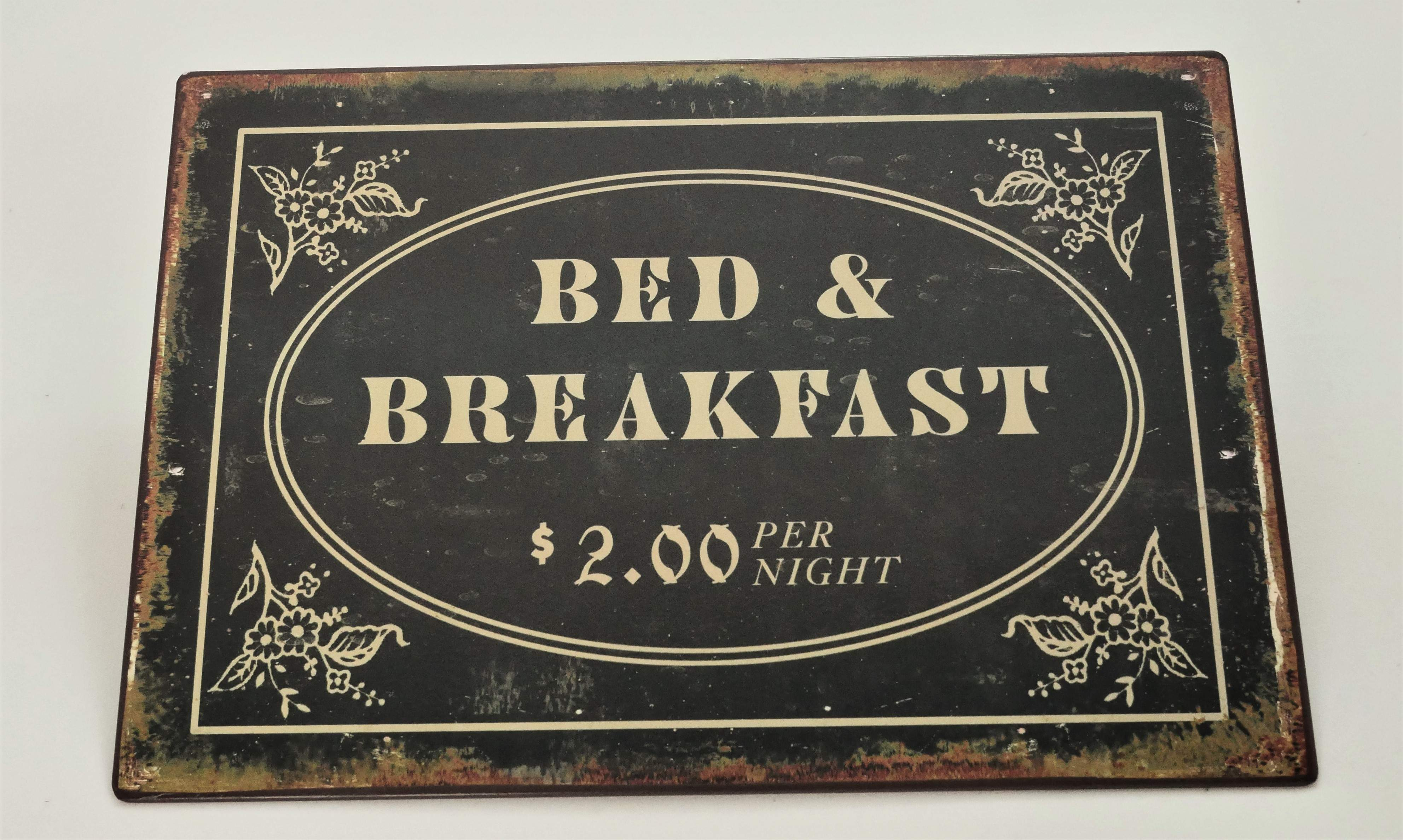 Metal tin Wall plaque Bed and Breakfast.