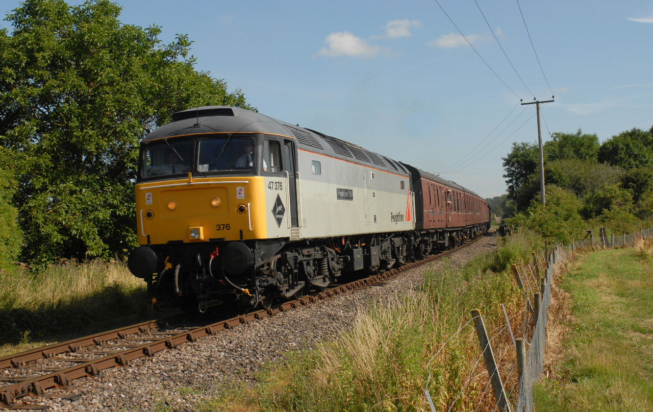 47376 passing Didbrook on the 1000 Toddington - Cheltenham RC - 26/7/13  (Charles Woodland)