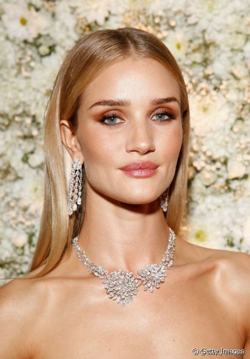 34315-rosie-huntington-whiteley-4-makeup-idea-500x0-1.jpg