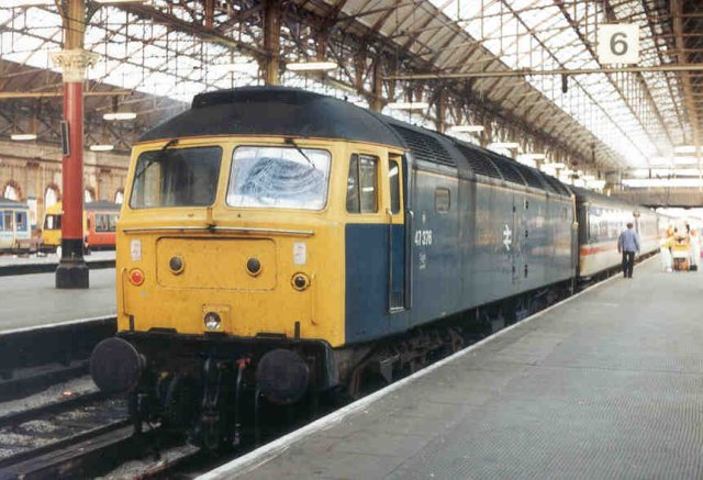 47376 at Manchester Piccadilly after arriving on the 1340 from Poole - 24/8/91  (N Antolic)