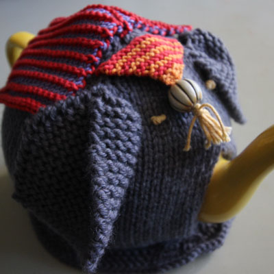Knitting pattern - elephant tea cosy