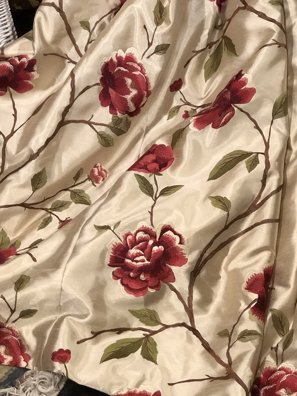 Lovely Cream Floral Pinch Pleat Curtains W330 D213