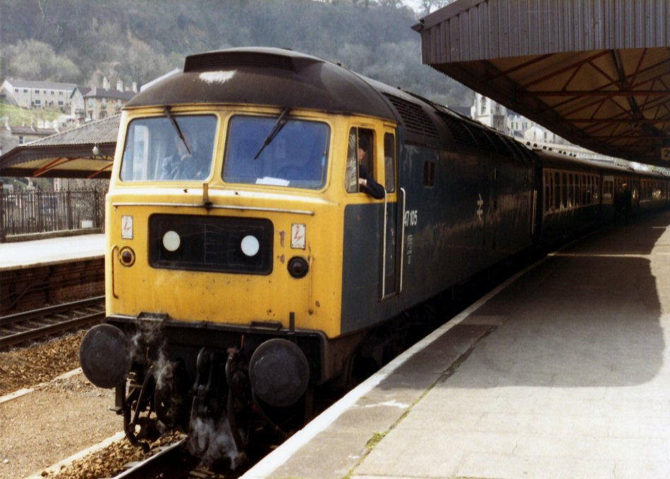 47105 at Bath Spa working the 1100 Bristol TM - Padd Relief 26/03/83 (Peter Legg)