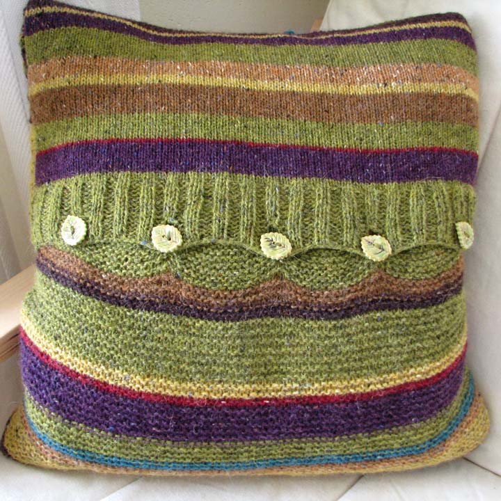 Knitting pattern - woodland cushion cover