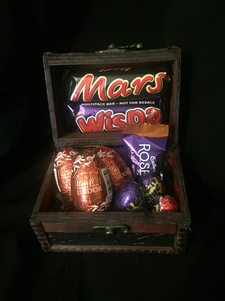 Easter Treat Mens Sweet Chest