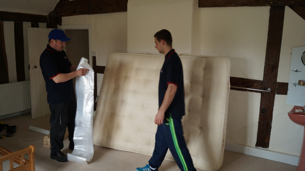 Removals Wotton-under-Edge