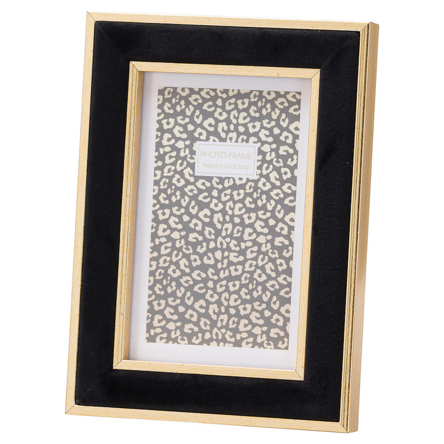 Black Velvet Picture Frame - 4 x 6 inches