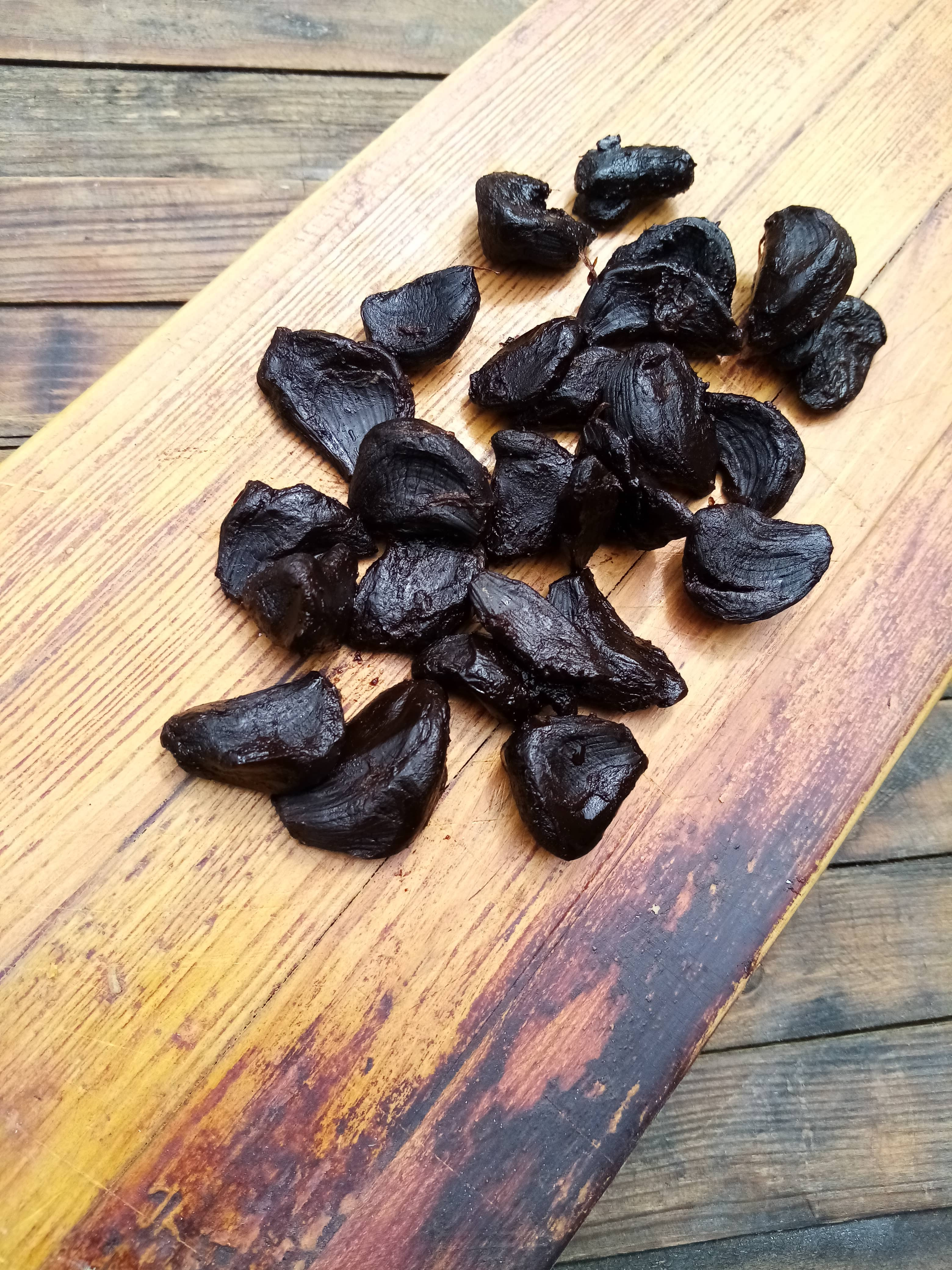 Peeled black garlic cloves