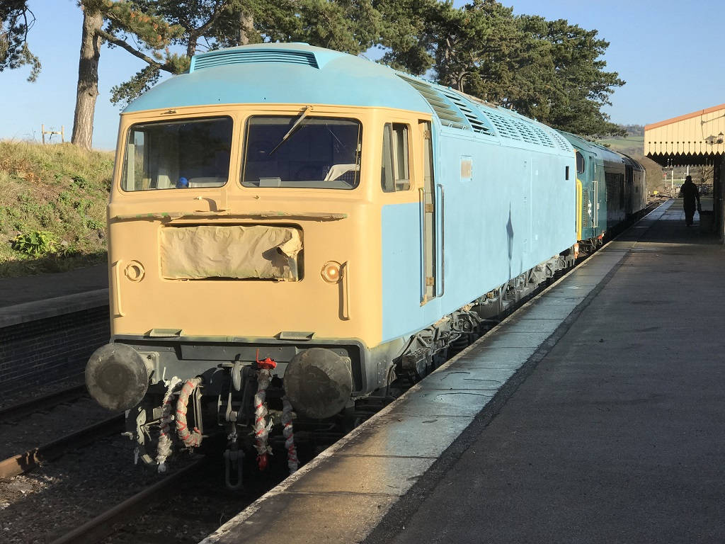 47105 with 45149 and 47376 arrived at Cheltenham RC whilst on a test run.
