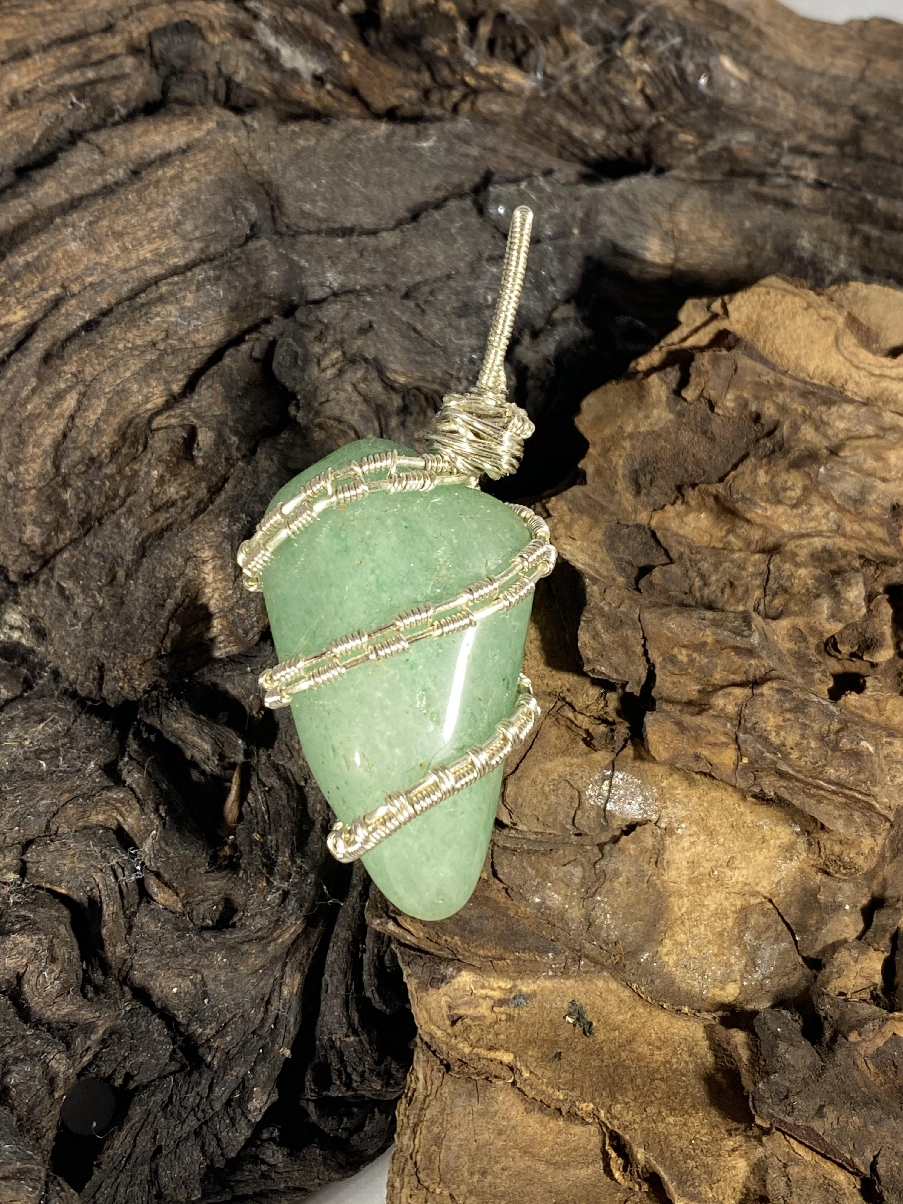 Aventurine and silver pendant