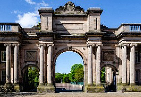 Picture of the Grand Entrance Birkenhead Park