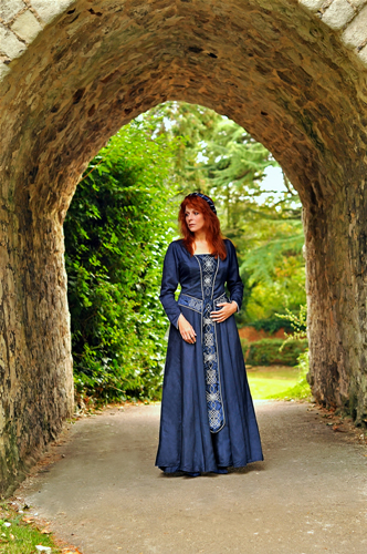 Navy blue gown with silver celtic knotwork