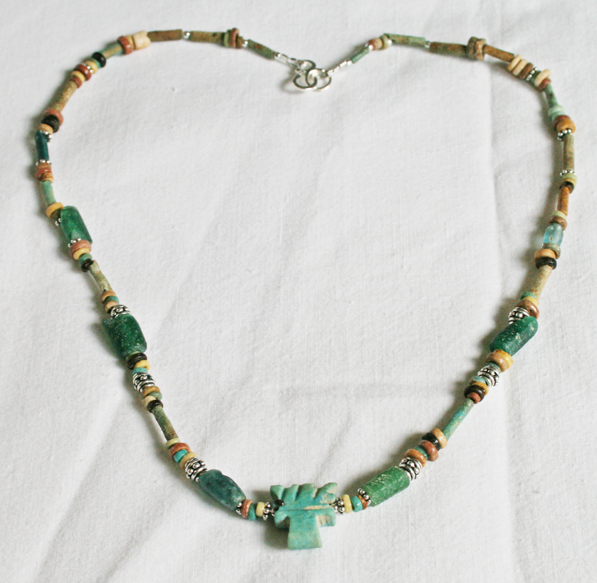 Roman necklace